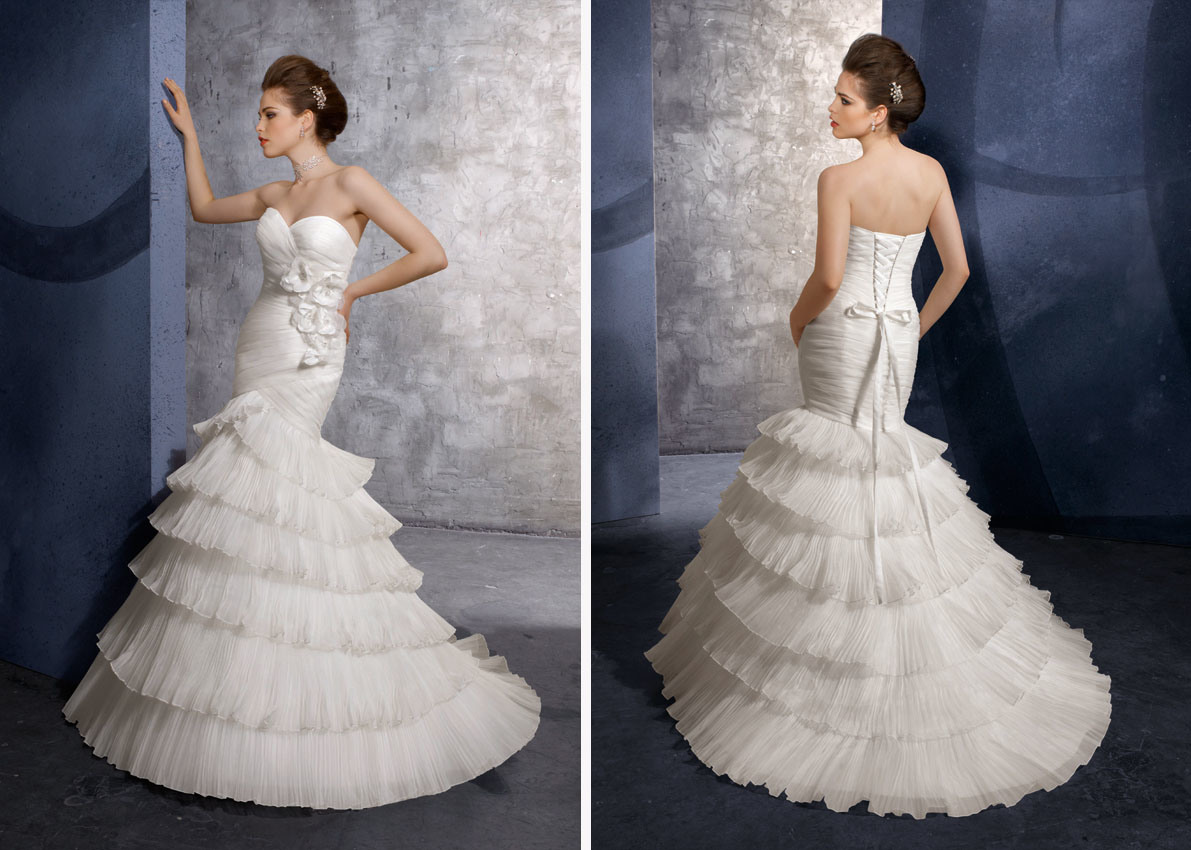 Dated vs. Timeless wedding dresses - Weddingbee