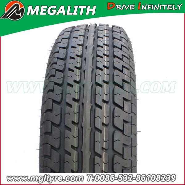 Performance Car Tire, Radial Tires, Light Truck Tires (LT225/75R16)