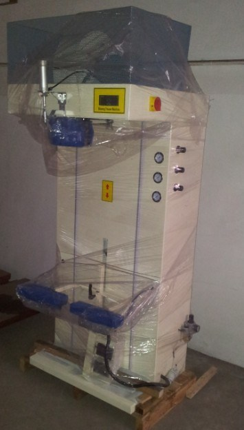 Jeans Press Machine, Pressing and Ironing Machine, Topper Presser