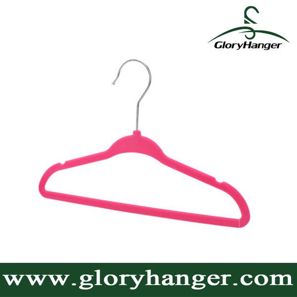 Wholesale Flocking Hanger with Metal Hook Plastic Velvet Clothing Hanger for Suppermarket Hot Sales 2016