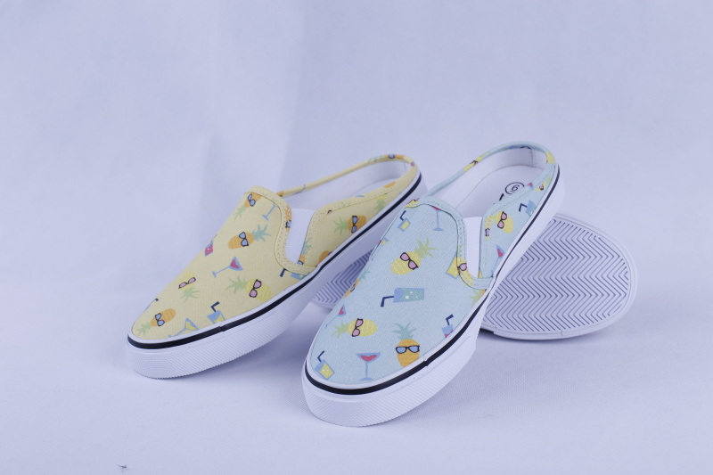 Vulcanized Shoes Rubber out Sole Slip on for Ladies Bz1617