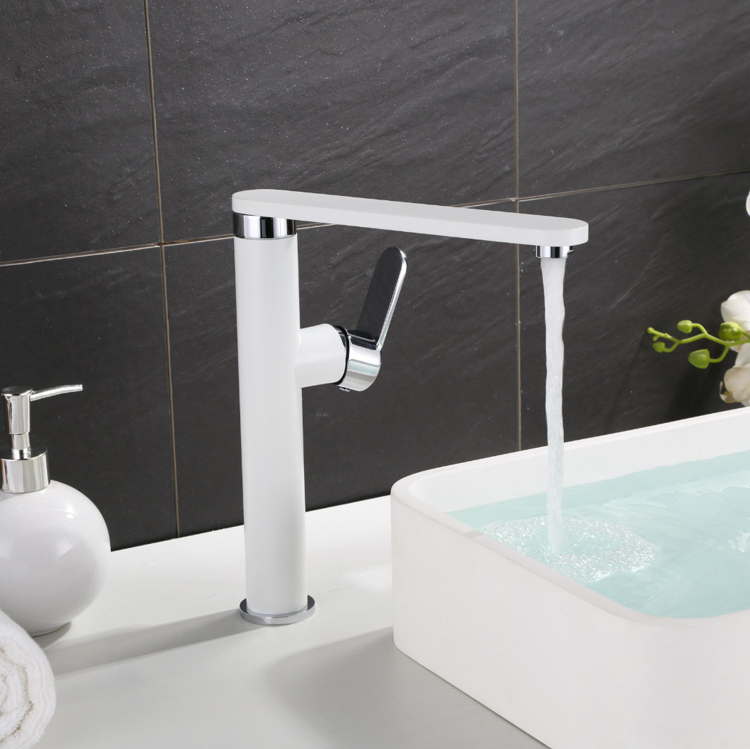 White Color Single Lever Kitchen Sink Water Tap