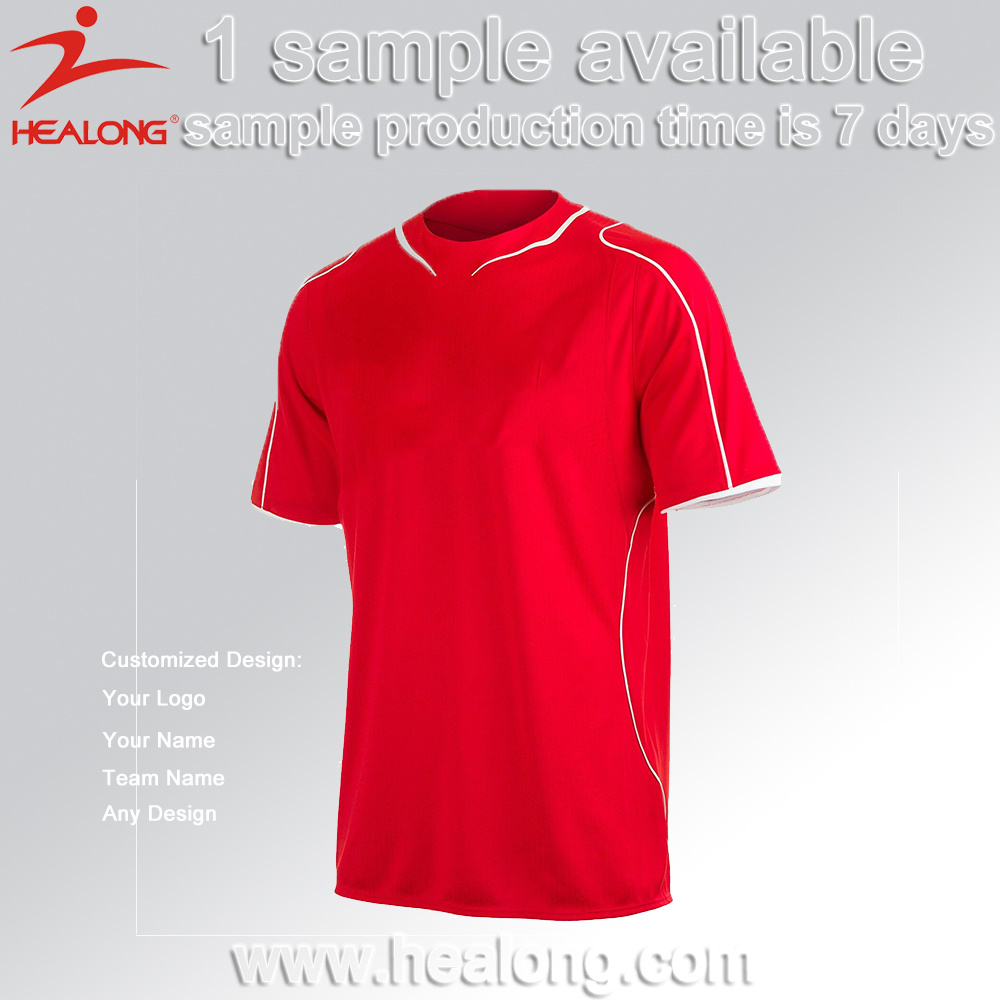 Wholesale Men′s High Quality Soccer Uniform Football