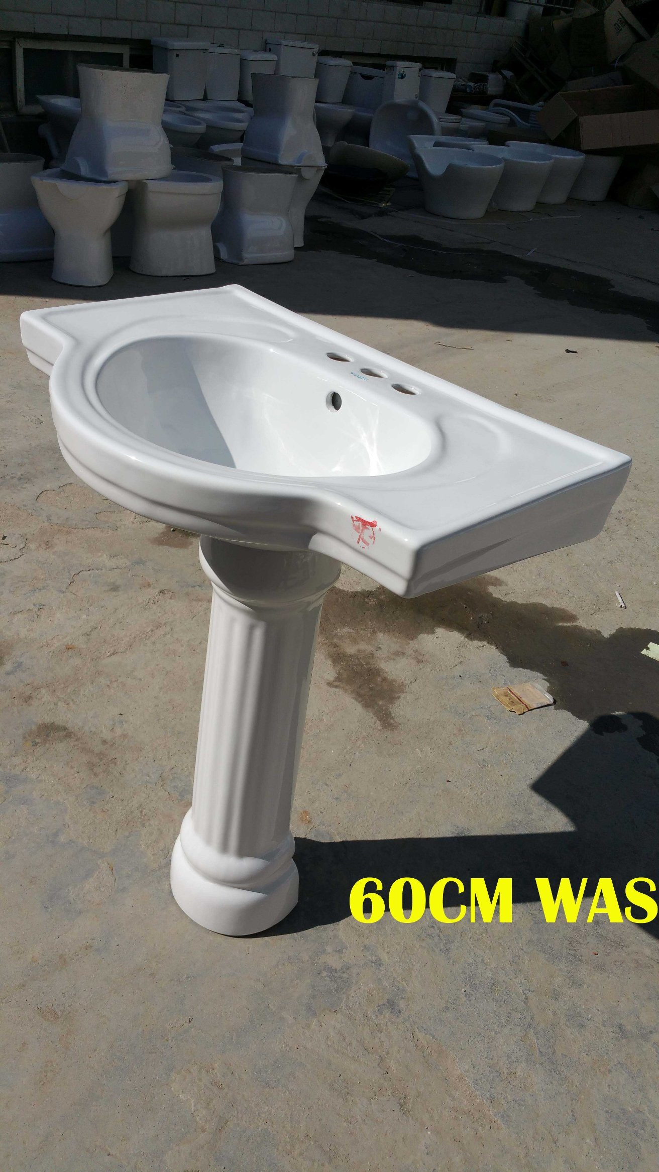 Ceramic Pedestal Basin 60# with Saso/Ce