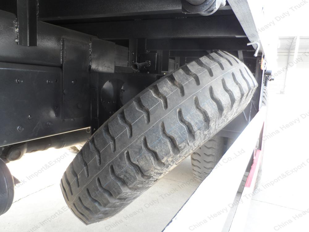 Sinotruk 4X2 Truck Mounted Straight Arm Crane of 3 Tons