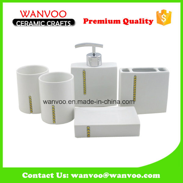 Ceramic and Porcelain Bathroom Accessories with Soap Dish Set for Hotel Used