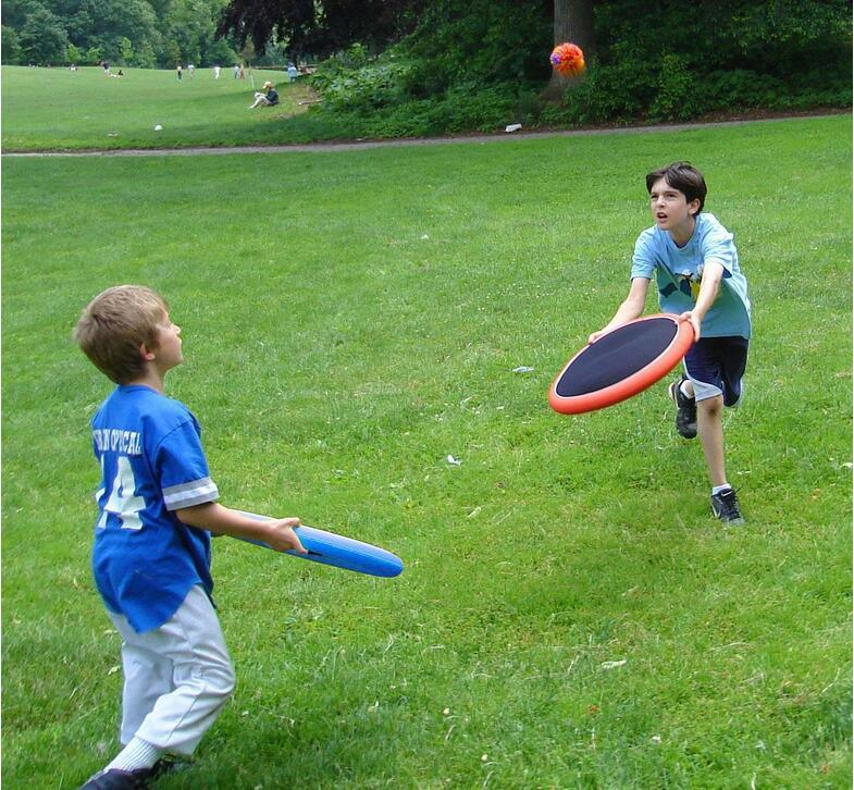 Kids Activity Garden Sports Disk Games Catching and Thorwing Game Set