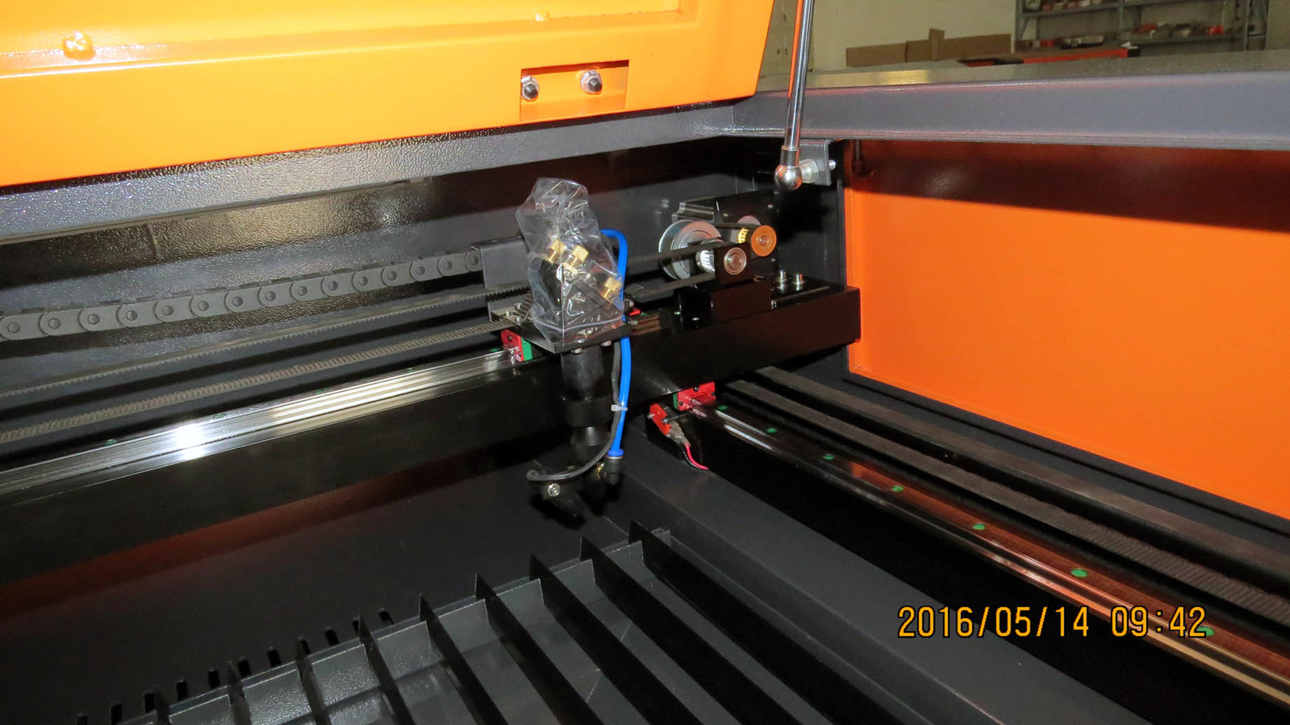 Flc1390 Laser Cutter and Engraver Machine