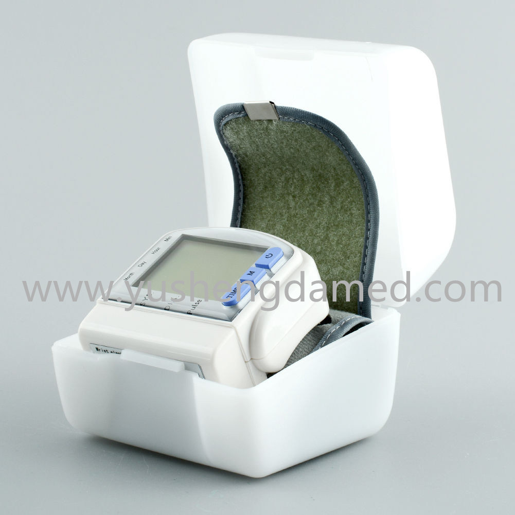 Ce Certified New Medical Device Wrist Type Blood Pressure Monitor