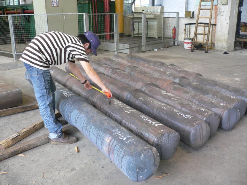 Forging Column/Forged Column