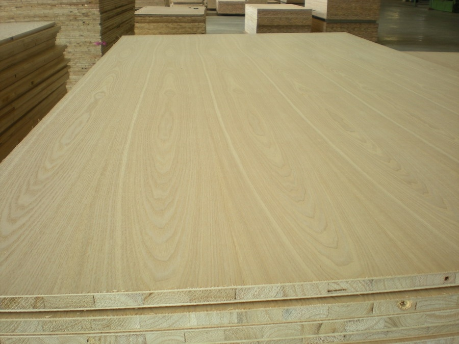 Block Board Usage ~ China pine core blockboard for furniture usage
