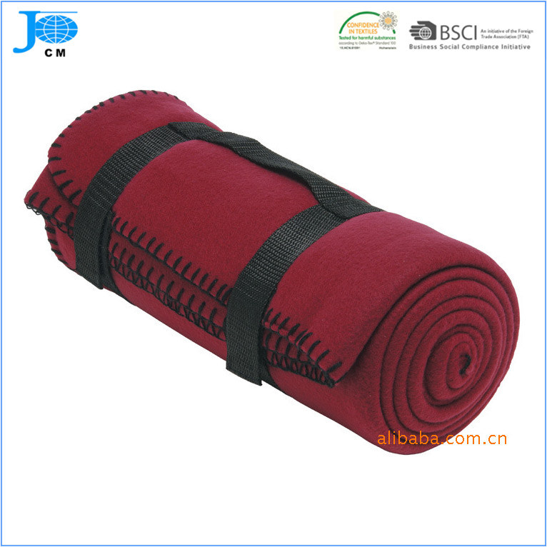 100%Polyester Fleece Blanket with Strap