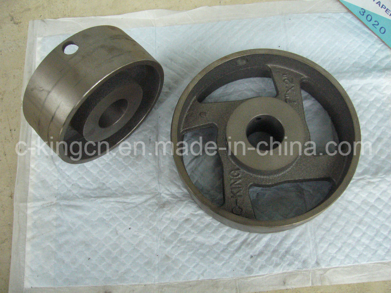 "C-King Cast Iron Flat Belt Pulley (4"")"