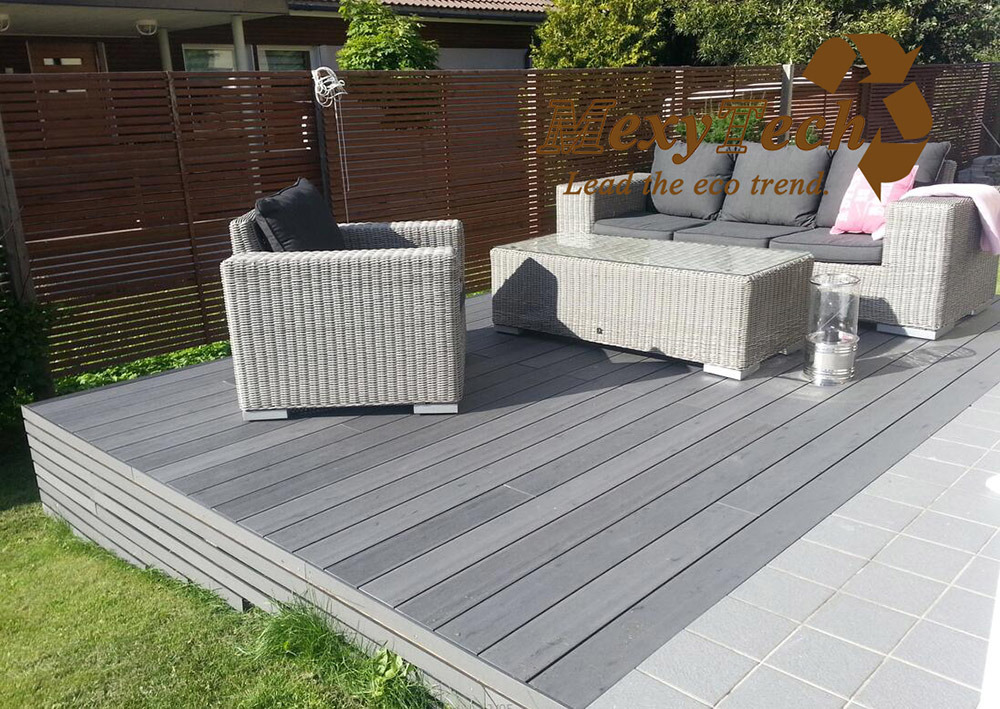 Outdoor Gate/Garden Decoration Composite WPC Decking Floor