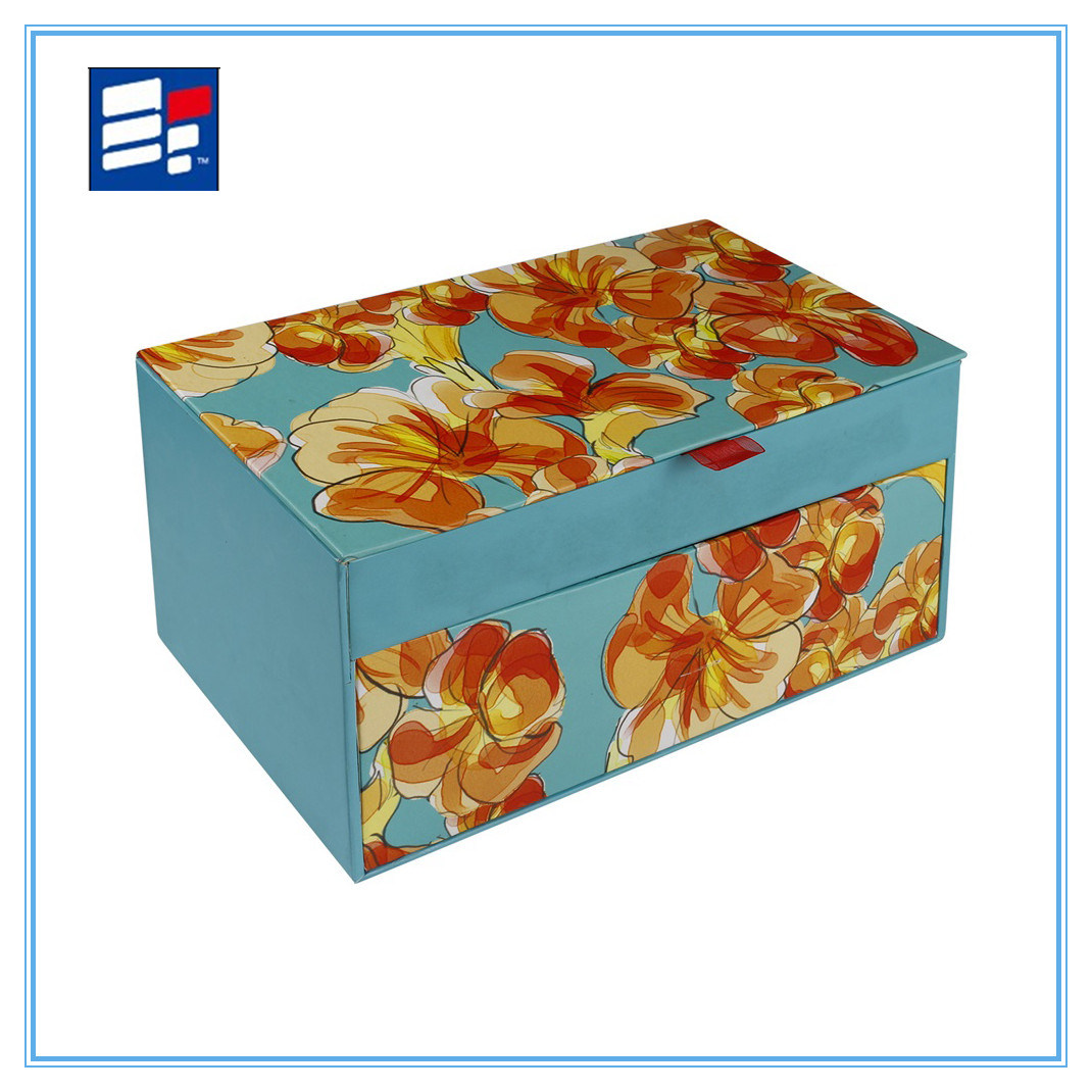 Custom Paper Gift Storage Box with Silk Handle