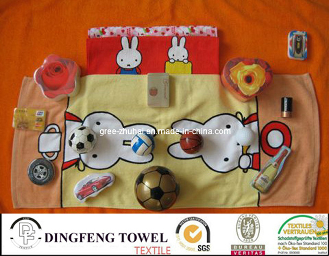 Compressed Promotional Printed Towel and AV T-Shirt