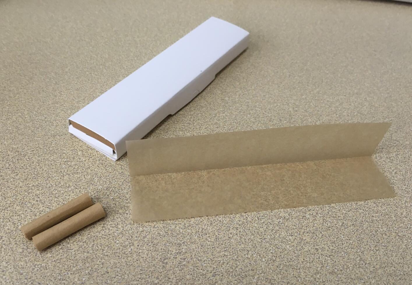 Unbleached Cigarette Rolling Paper with Filters SGS& Fsc Certificate