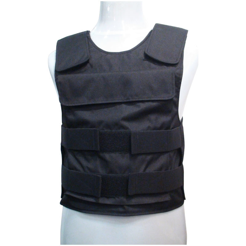 a description of a bulletproof vest as a protective covering worn to protect the torso against bulle Testing a bulletproof vesttesting a bulletproof vest, 1923 a textile bulletproof vest is fashioned of 16 to 24 layers of nylon cloth of a heavy weave, the flattened as it hits the outermost layers, and the now mushroom-shaped slug dissipates its energy as it presses against the remaining thicknesses of.