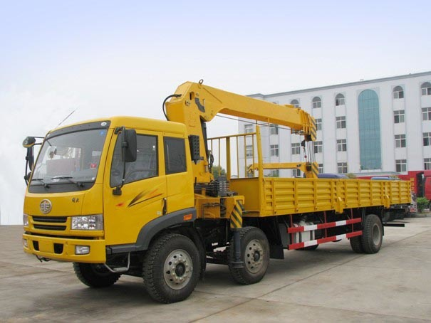 Truck With Straight Crane
