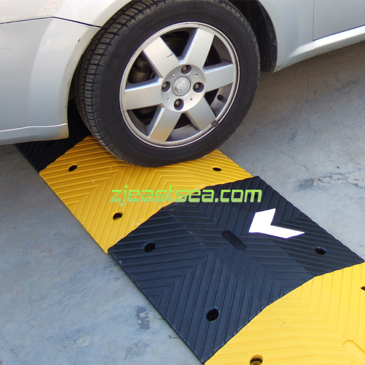 Rubber Speed Hump (DH-SP-5)