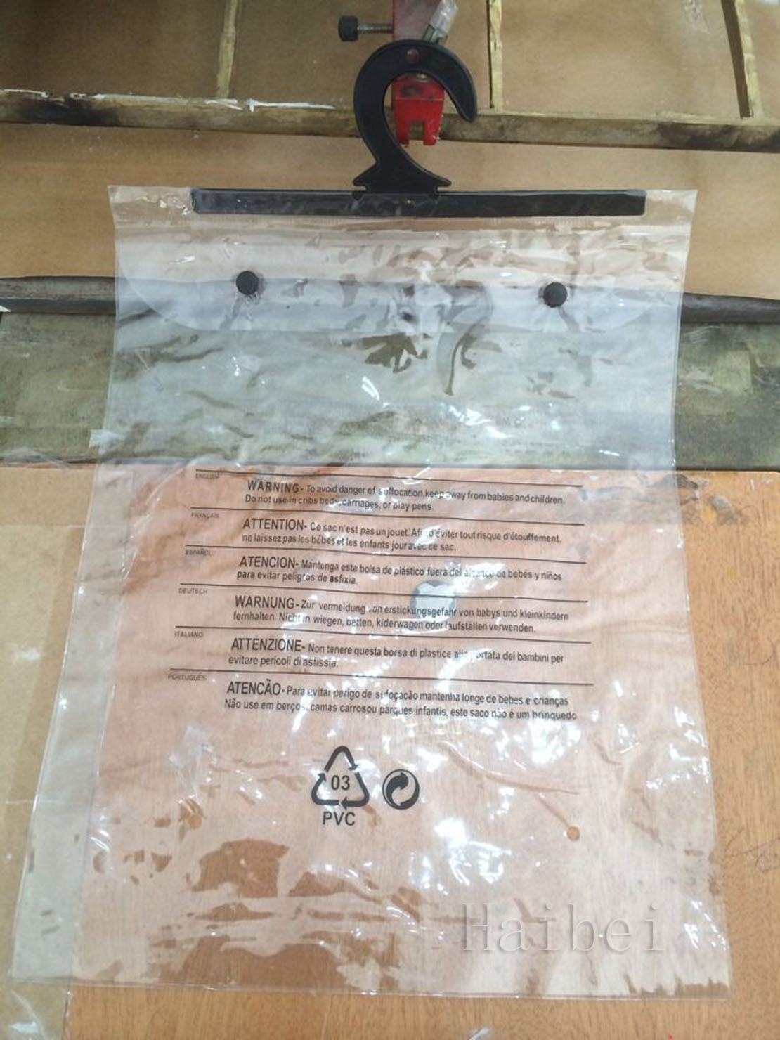 Customized Printed PVC Bag, Plastic Package Bag with Hook, PVC Button Bag, PVC Underwear Bag, PVC Garment Bag, PVC Hanger Bag (hbpv-74)