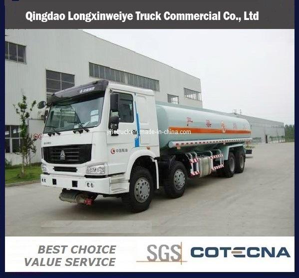 Sinotruk HOWO Heavy Duty 336HP 8X4 Fuel Tanker Truck