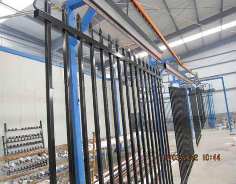 Wholesale High Quality Outdoor Wrought Iron Fence Panels (China Manufacturer&ISO9001)