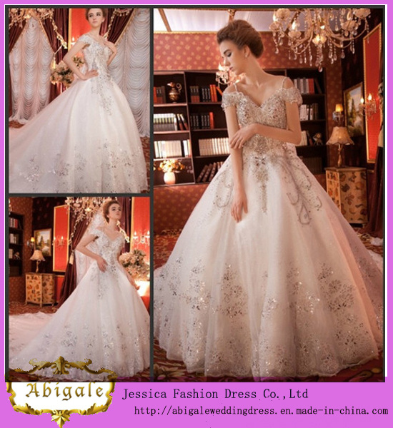 Hot Selling Luxurious White Full Length Ball Gown Sweetheart Cap Sleeves Chapel Train Crystal Wedding Dresses (WD10002)