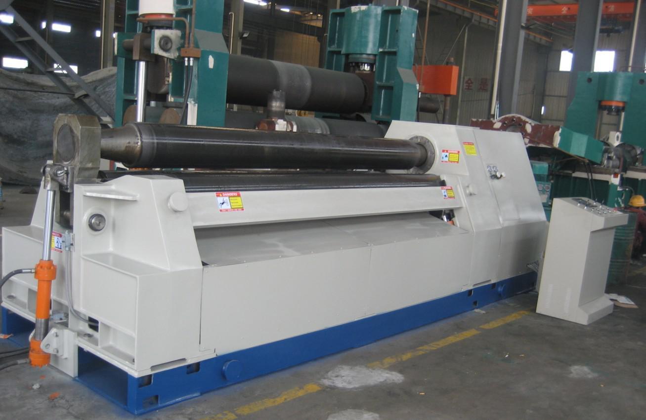 Hydraulic W12 Series Four Roller Plate Rolling Machine (W12 10X2500)