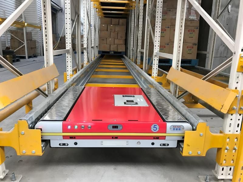 Pallet Runner for Automatic Pallet Storage in Warehouse