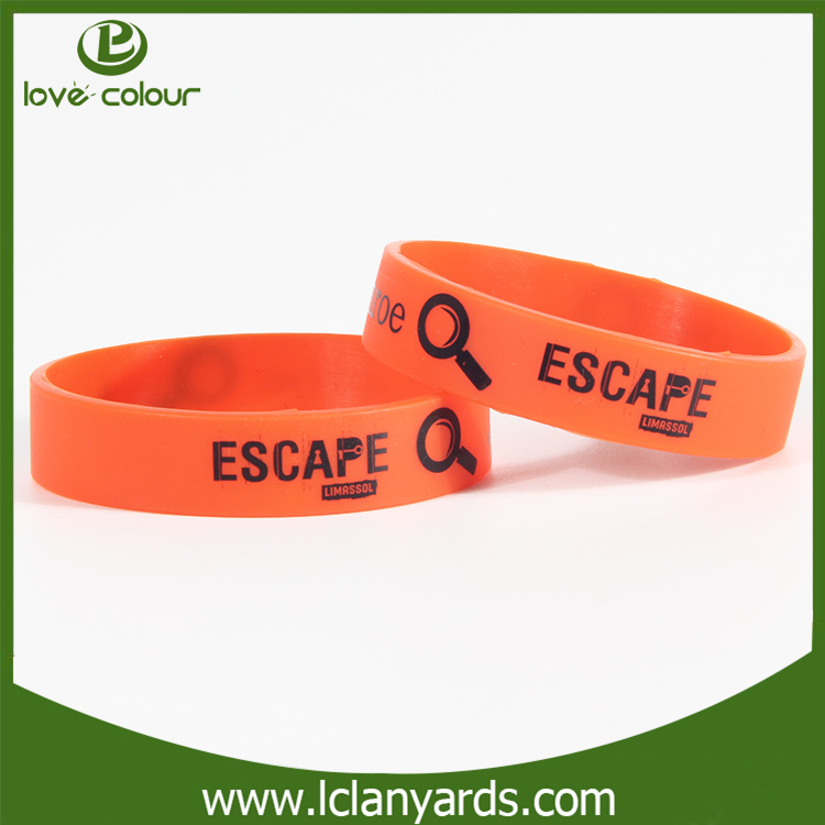 Wholesale Fashion Giveaway Custom Wristband Smart Silicone Bracelet with Debossed
