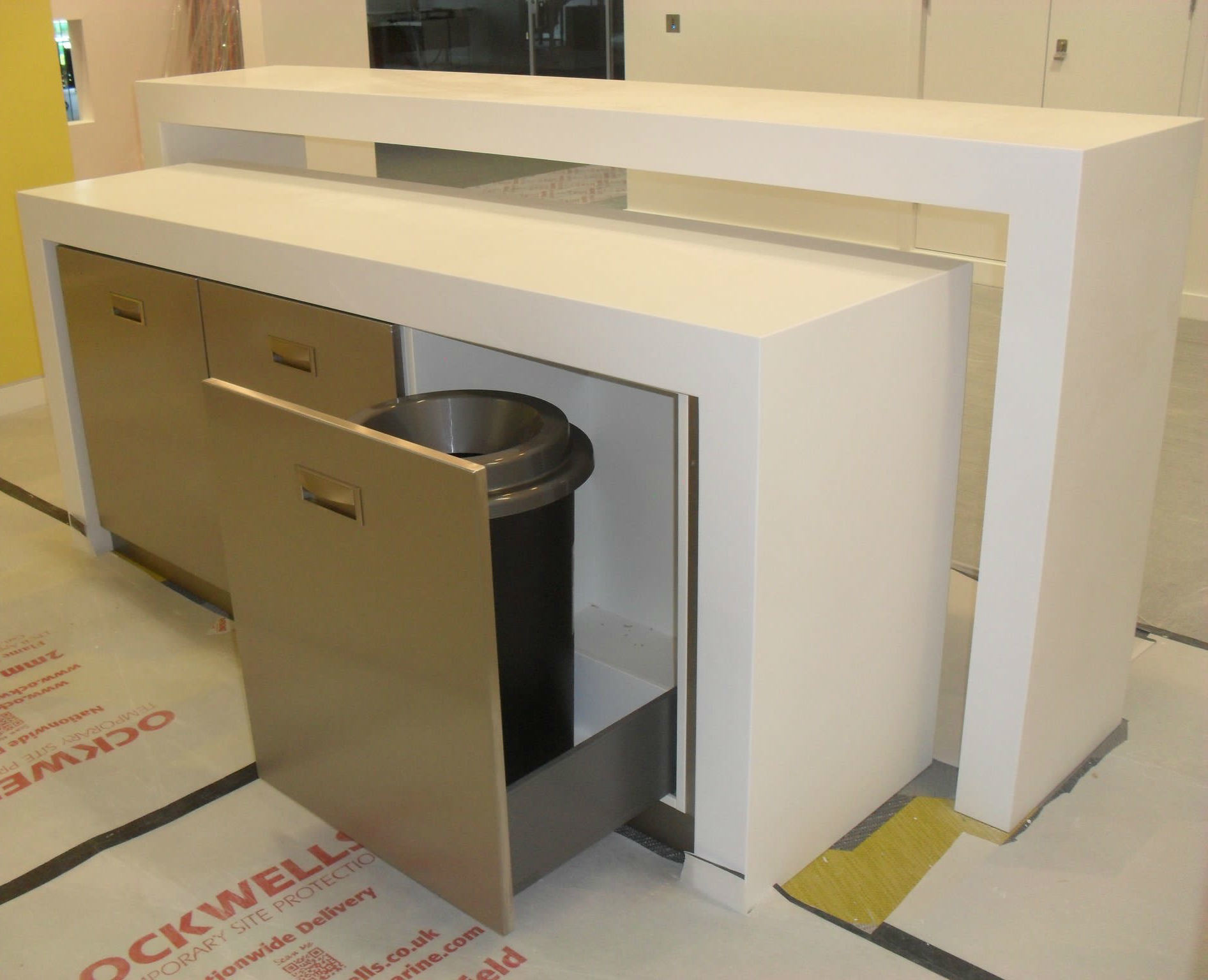Simple Design Sharp Clear Corian Kitchen Countertop