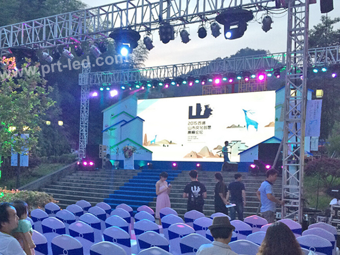 P6 Outdoor Full Color Rental LED Display with Die-Casting Aluminum Panel 576X576mm