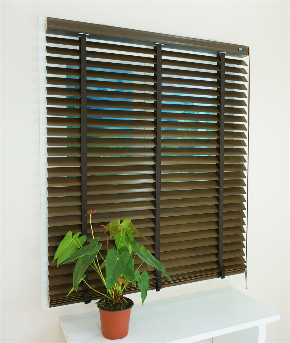 Manufacturer Good Quality ISO9001 Basswood Blinds for Home Decoration