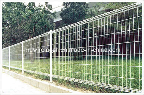 China galvanized roll top fencing garden fence