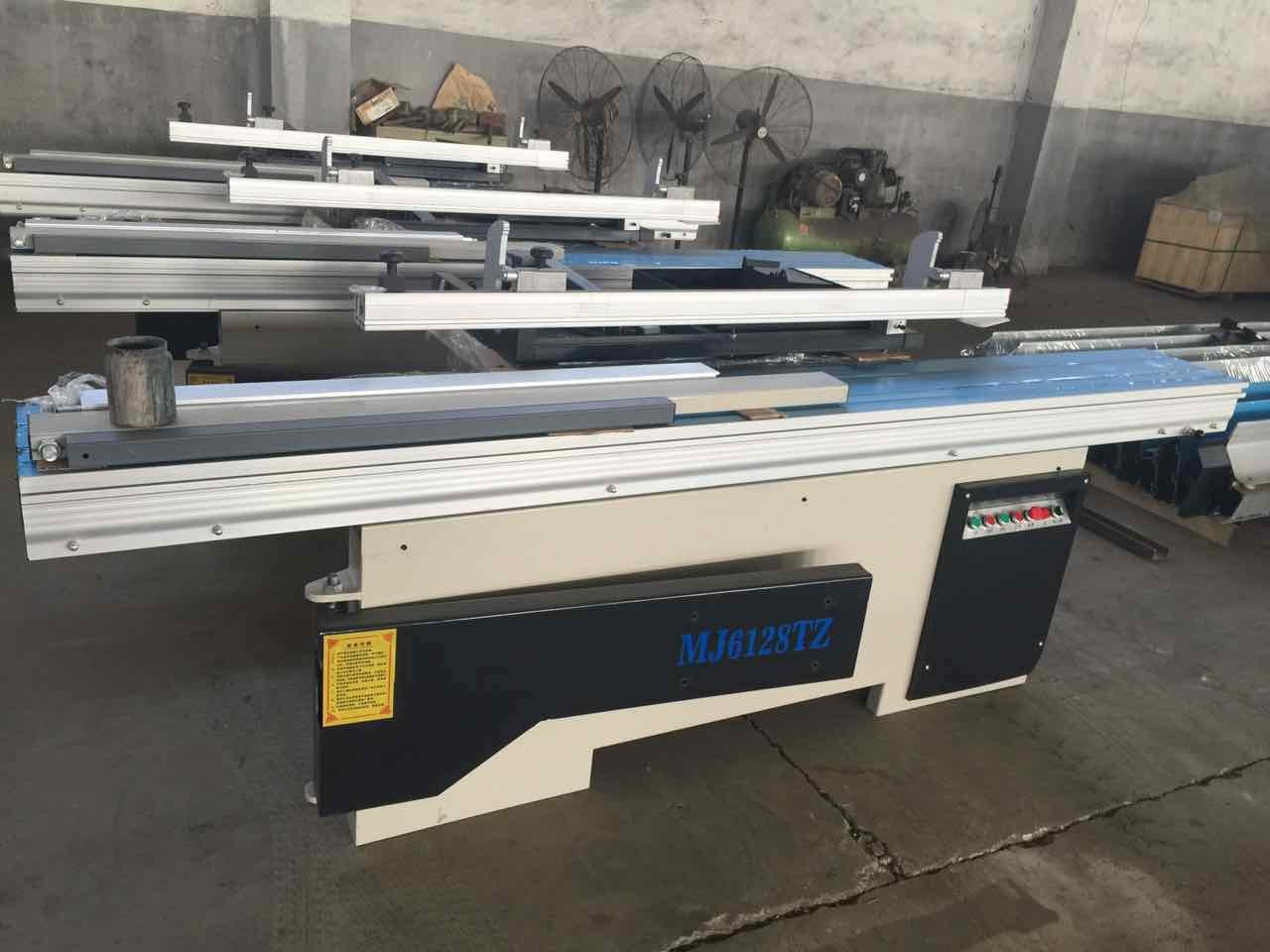 High Precision Sliding Table Saw with German Made Digital