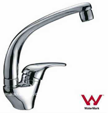 Australia Standard Sanitary Ware Watermark Water Saving Durable Brass Chrome Plated Kitchen Sink Tap (HD3508)