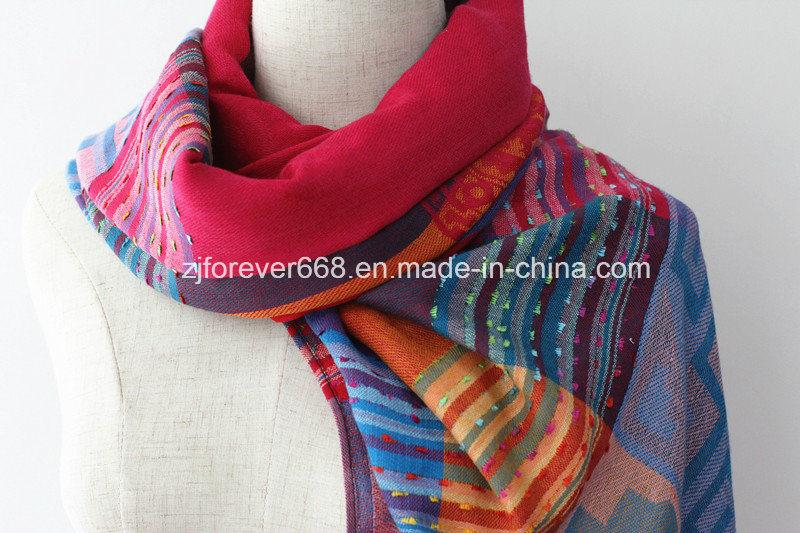 2016 New Design Women′ S Fashionable Jacquard Cotton Scarf