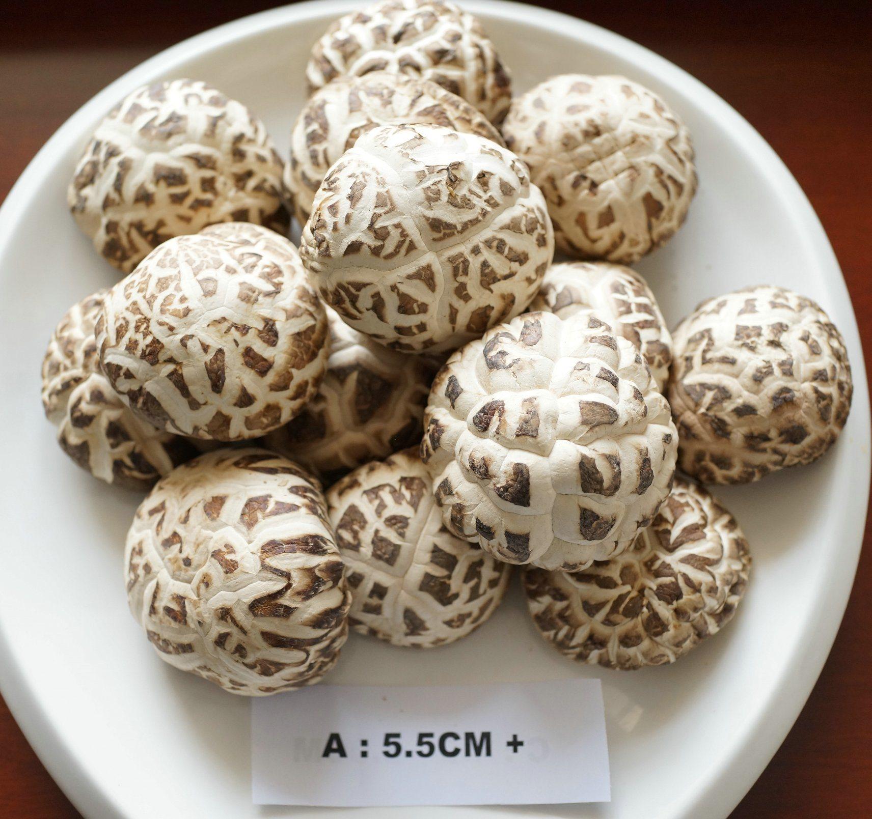 White Flower Mushroom Dried Vegetable