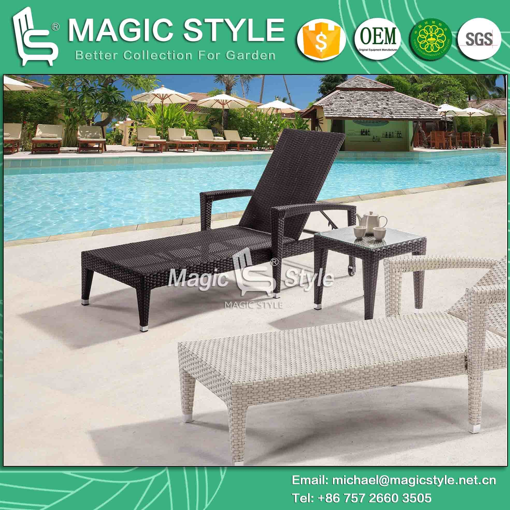 Wicker Weaving Sun Lounge with Cushion Outdoor Sunlounger Deck Lounger Beach Sunlounger Rattan Sun Bed