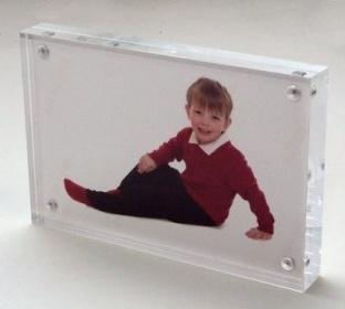 Customize Clear Acrylic Magnetic Photo Frame 4X6 PMMA Photo Frame