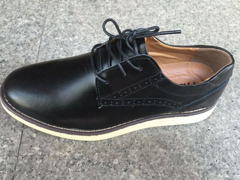 Latest High Quality Men′s Leather Shoes Fashion Shoes (LZ6)