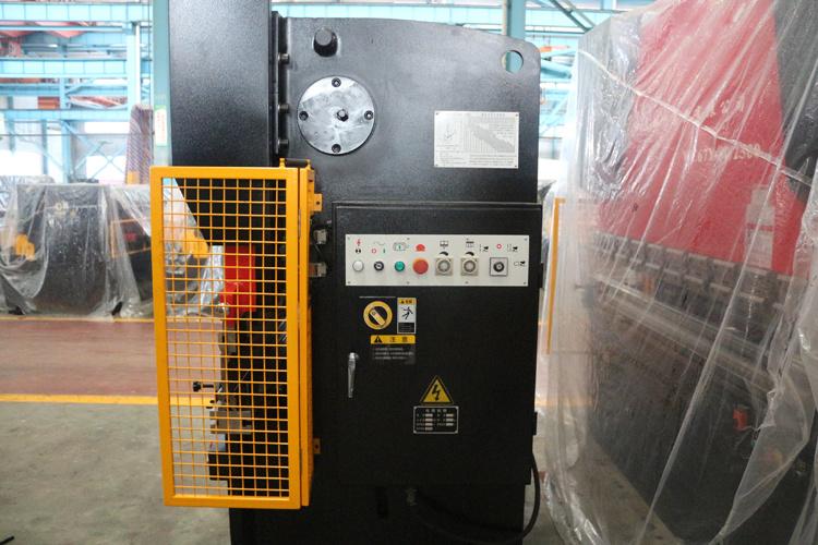 Durmapress Hydraulic CNC Press Brake 100/3200 with Delem Control