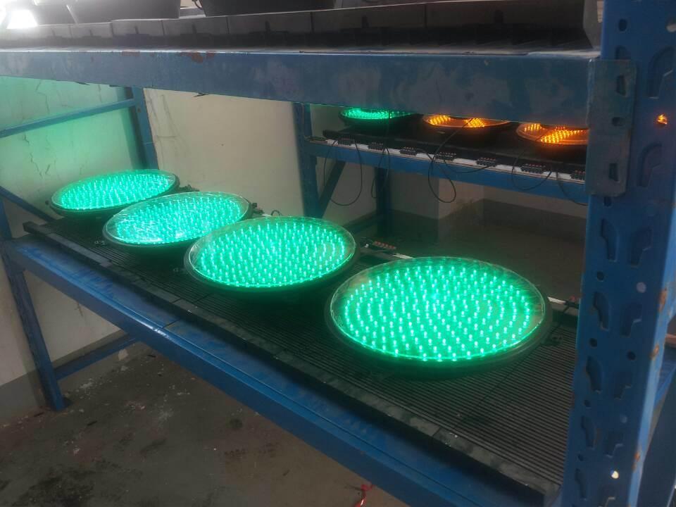 IP65 Red & Green LED Flashing Traffic Light / Traffic Signal