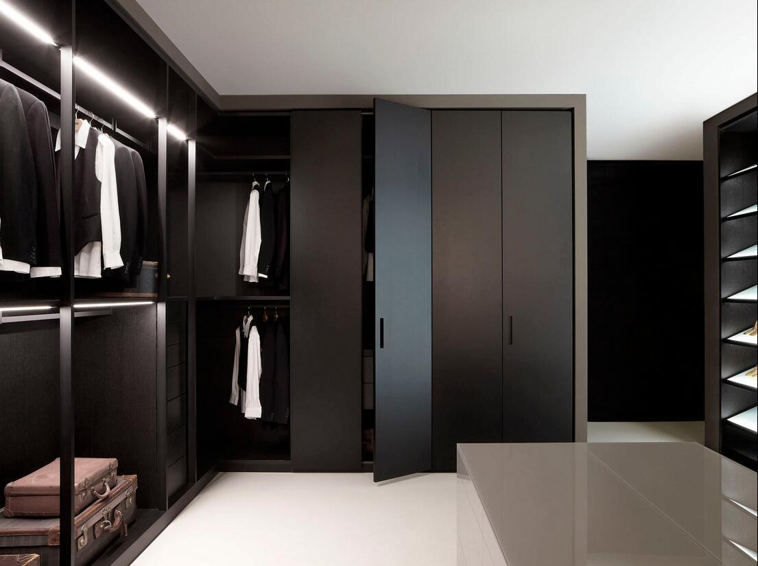 Modern Fashionable Wooden Wardrobe