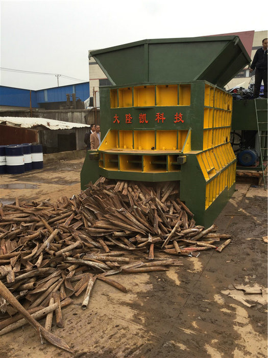 WS-1000 Automatic Scrap Metal Shearing Machine