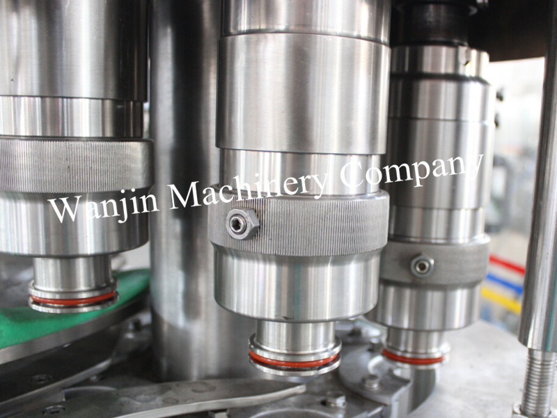 Full Automatic Carbonated Soft Drinks Production Machinery