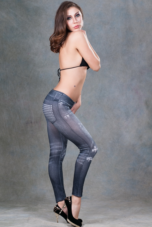 2017 Wholesale Top Super OEM Services Brand Knee-High Different Size Seamless Sexy Leggings