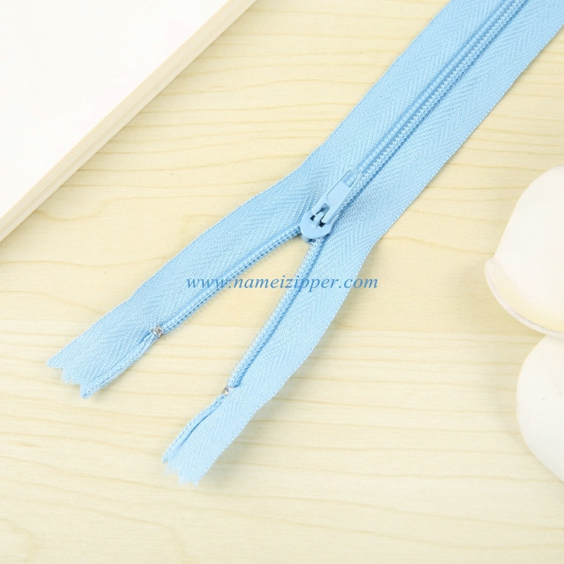 No. 3 Nylon Zipper Pin Lock Slider