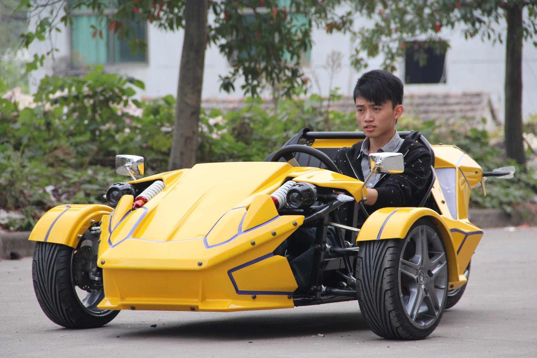 Smart Trike Motorcycle with 2 Seats